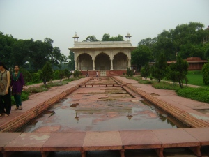 The water ponds and aqueducts at the Red Fort.