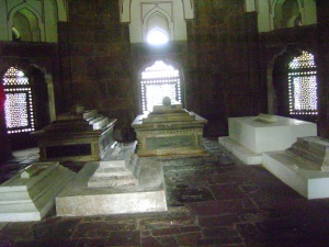 Humayun's actual tomb along with his wife's.